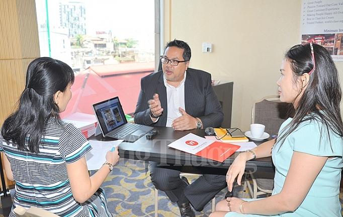 Ông Sean T. Ngo, CEO của VF Franchise Consulting cung cấp thông tin cho các nhà đầu tư tại sự kiện