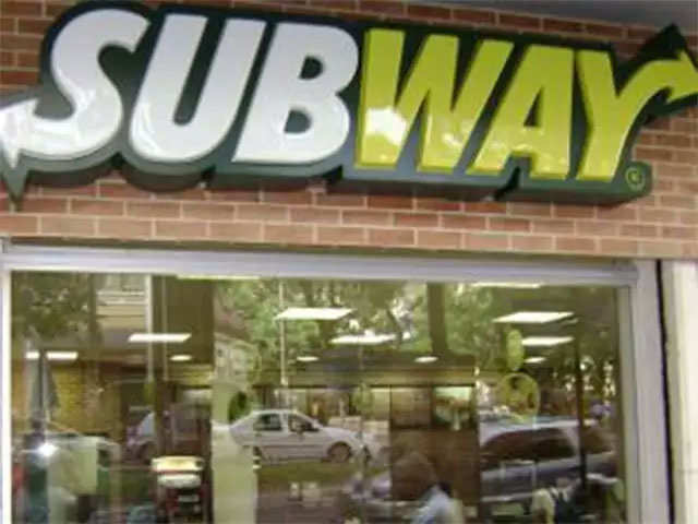 Subway got too big. Franchisees paid a price