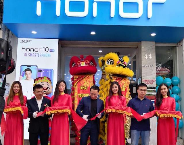 Honor-Vietnam-open