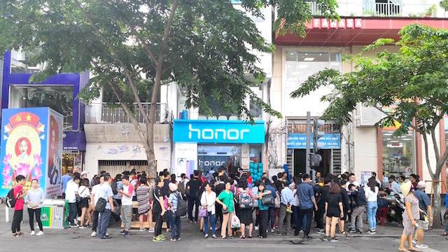 Honor-Vietnam