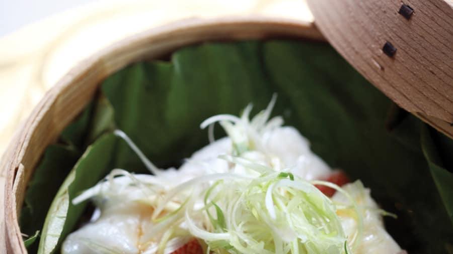 http_cdn.cnn.comcnnnextdamassets140225120218-asia-best-restaurants-9lung-king-heen