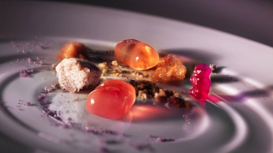 http_cdn.cnn.comcnnnextdamassets150309154201-asia-50-best-restaurants-ultraviolet