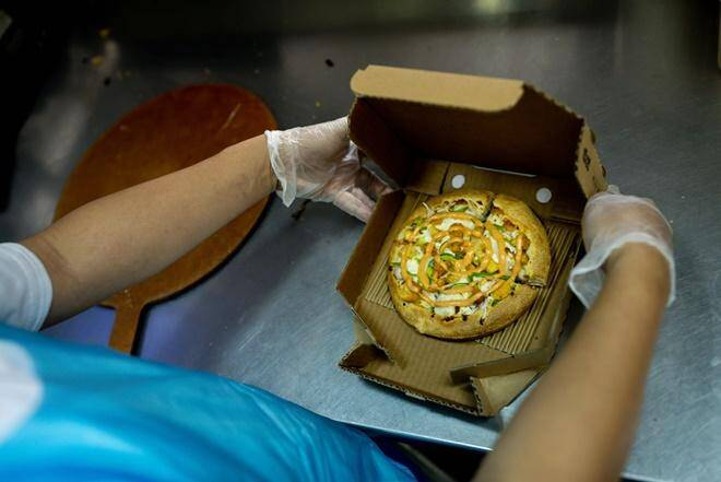 food industry, takeaway food, packed food, restaurants, diners